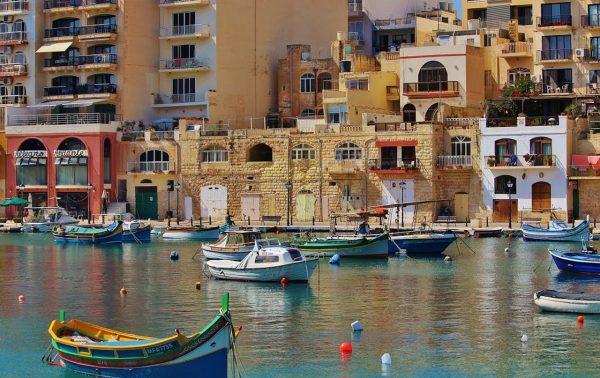 地中海リゾートマルタ島でバカンス+英語!