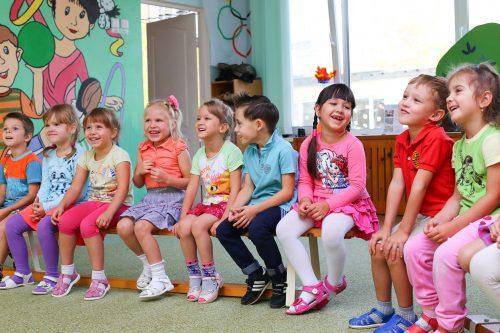 幼稚園の子どもたち